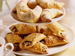 Dessert_Sweet_Rolls_with_a_Cup_of_Tea